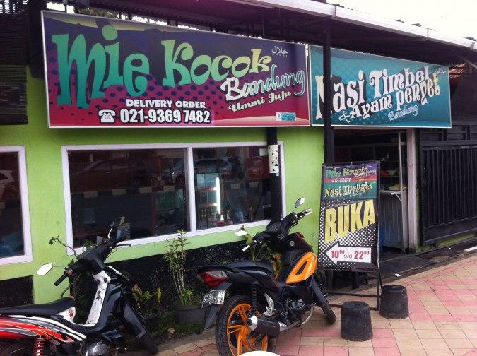 Peluang Usaha Baru di Bandung Modal Minim Analisa Usaha Mie Kocok Khas Bandung